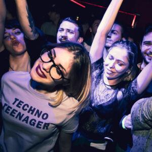 clubbing-varese-disco-ragazza